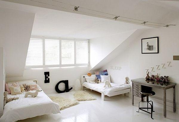 Pin von Ini Boulboul auf House mit Bildern   Dachboden schlafzimmer ideen, Schlafzimmer design ...