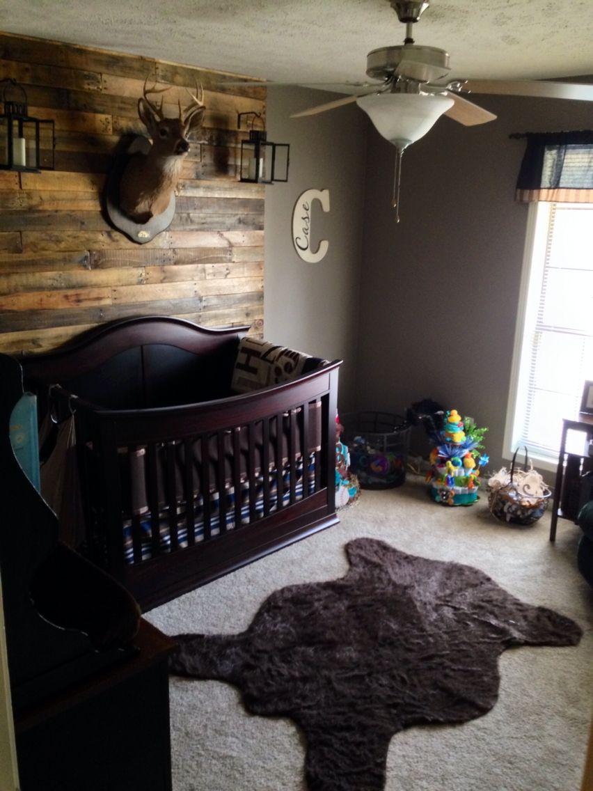 Everything Designish Baby Boy S Nursery: Hunting Lodge Nursery With Pallet Wall, Deer Mount, Bear