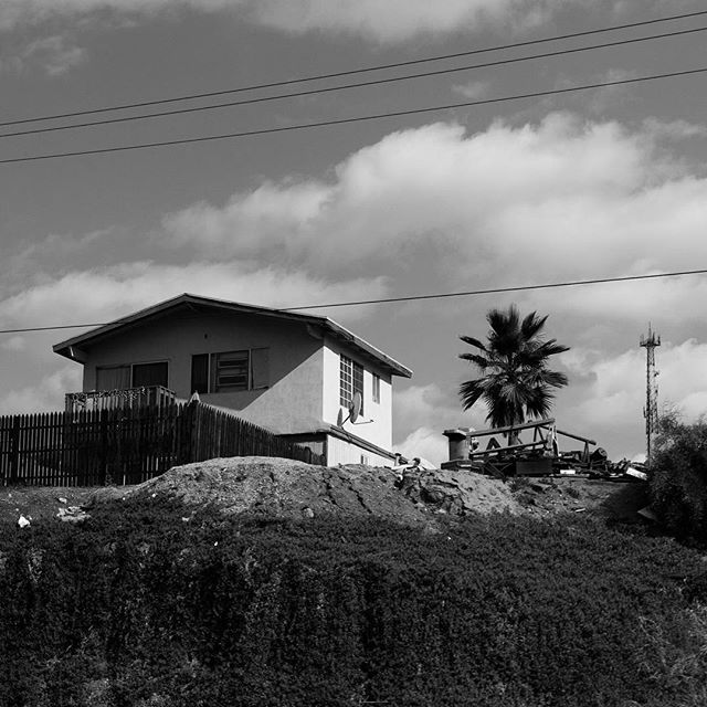 Mexico  #builtlandscape - #Baja #BajaMexico #BajaCalifornia #Mexico #roadside  #exploreMexico #bnw #blackandwhite  #bw_society #bnw_captures #bnw_mexico #scenesofMX #scenesofmexico #visitmx #mexicophotography #exploremx #MX #daylight #travel #travelgram #NorthAmerica #minimalist #minimalism #minimal #horizon #landscape #built