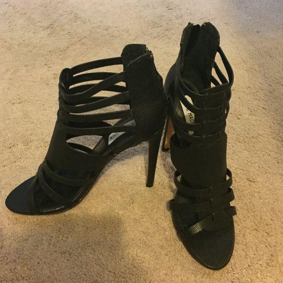 Steve Madden heels Size 7, black, never worn, high heels, perfect condition Steve Madden Shoes Heels