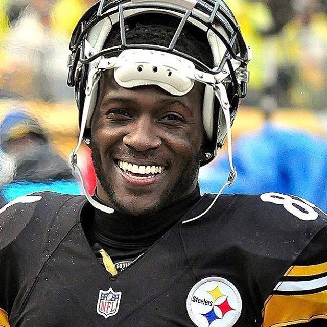 c1ac38126 Smile More Antonio Brown, Here We Go Steelers, Pittsburgh Steelers Football,  Steeler Nation