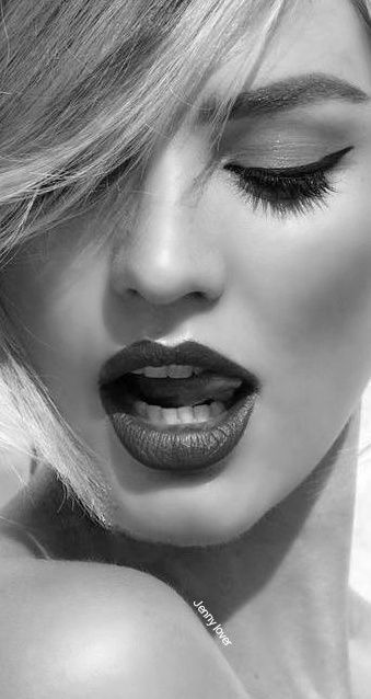 71-Turhan Nacar-SİYAH/BEYAZ... _____________________________________________________ Photographer 📷 :  ....? Jenny lover original
