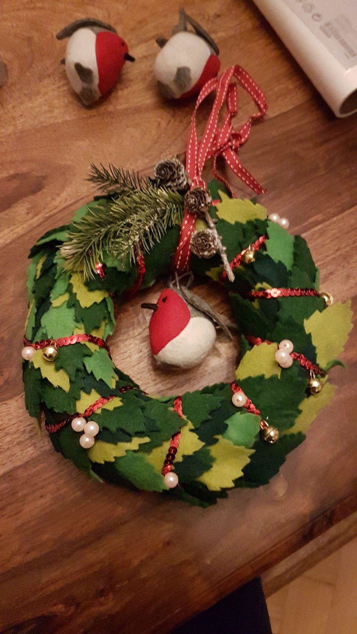 DIY Weihnachtskranz aus Filz #Weihnachten