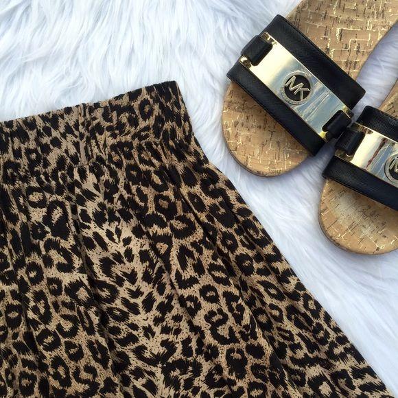 | PINK | Skater Skirt Victoria's Secret skater skirt in leopard print PINK Victoria's Secret Skirts Circle & Skater