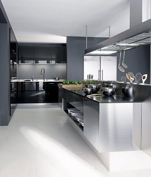 cuisine luminance line inox per ne cuisine cuisine inox amenagement cuisine et cuisines. Black Bedroom Furniture Sets. Home Design Ideas