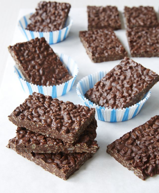 """Want to make delicious crunchy candy bars at home with just two ingredients? Then you HAVE to try this recipe! My kids absolutely flipped for this """"hack"""" on a traditional """"Crunch"""" bar.  For more healthy dessert recipes, check out my new bookFrom Junk Food to Joy Food(Hay House). It's out in February, but you can pre-order now."""