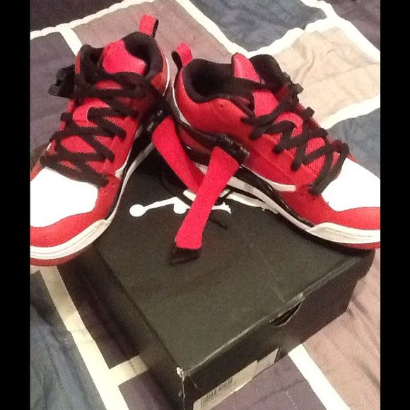 cheap for discount 9104d 7fc7d Authentic Boys Jordans 6.5 Brand new boys red, black and ...