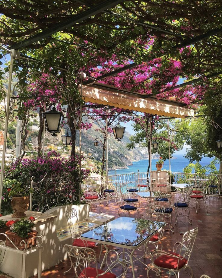 Where to Stay in Positano – Petite Suitcase