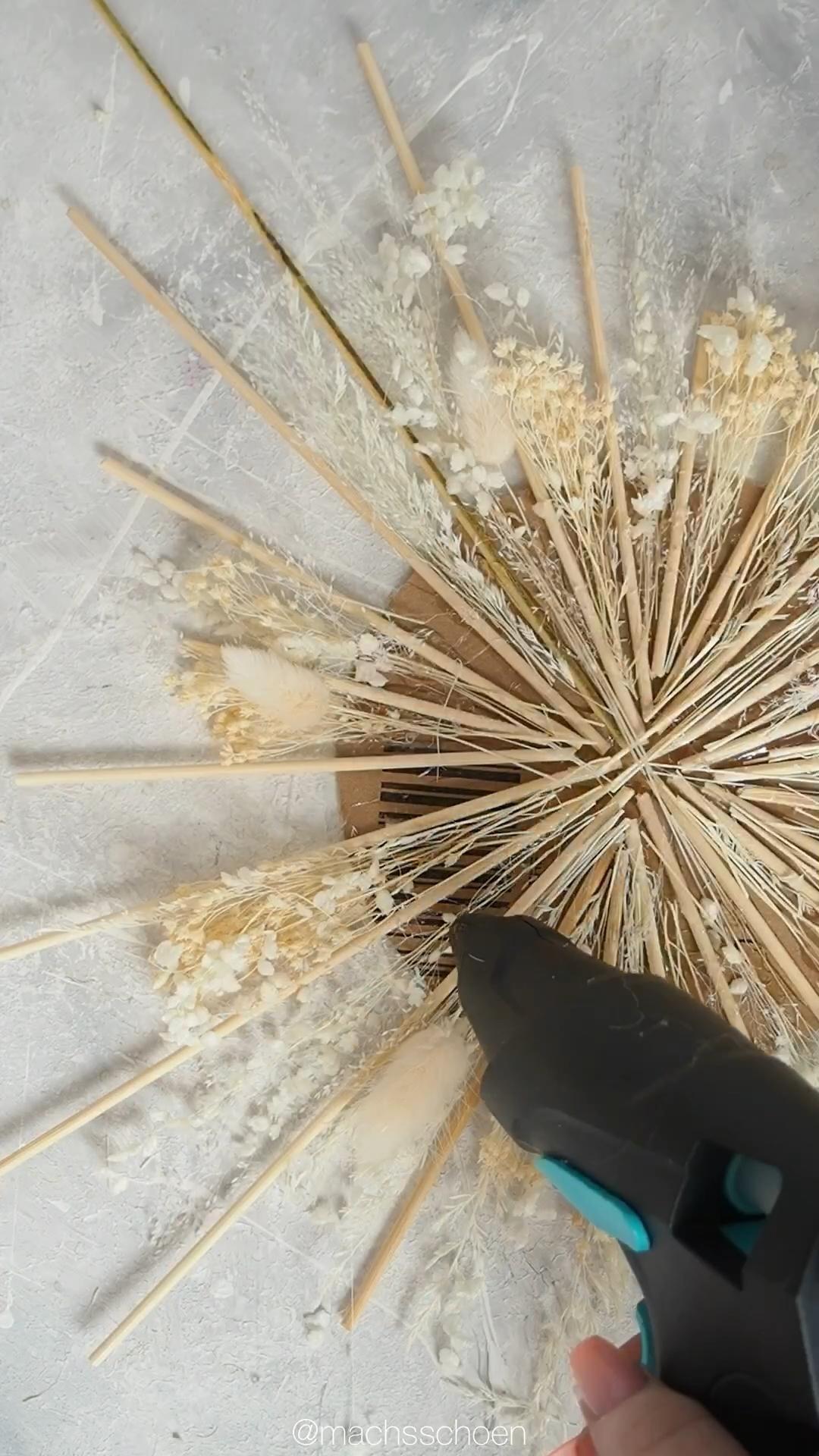Photo of DIY: Wanddeko – Spiegel mit Trockenblumen im Boho-Stil