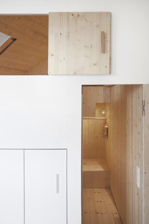 Room 304 – The Garden house , Berlin, 2015 - Sigurd Larsen