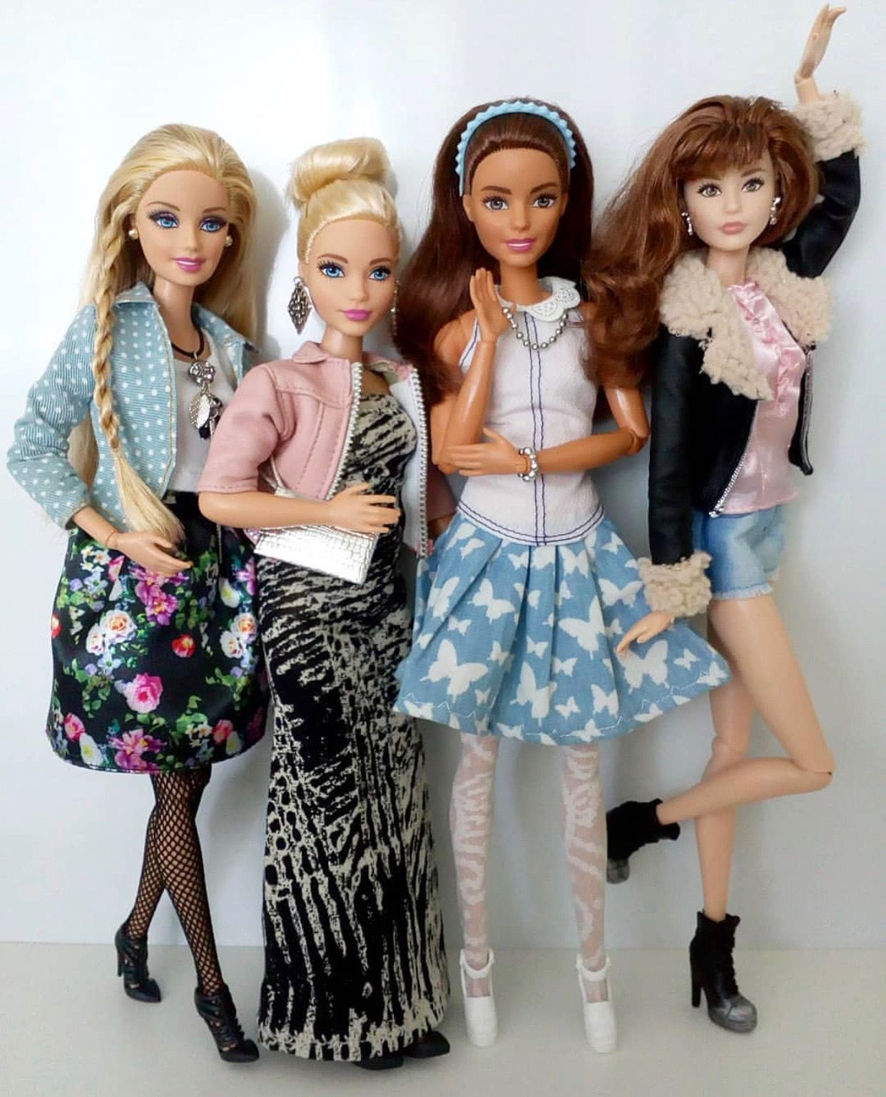 Girlfriends With Images Diy Barbie Clothes Barbie Model