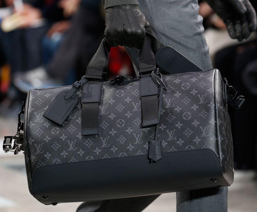 Louis Vuitton  c3ea0a2d95337