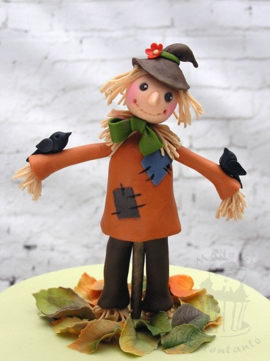 Scarecrow Cake Henry S Things In 2019 Fondant Cake