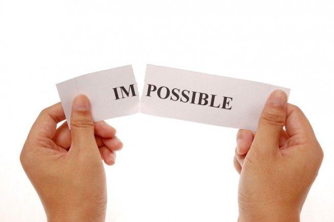"""""""Lo que necesitamos son mas personas que se especialicen en lo imposible"""". —Theodore Roethke"""