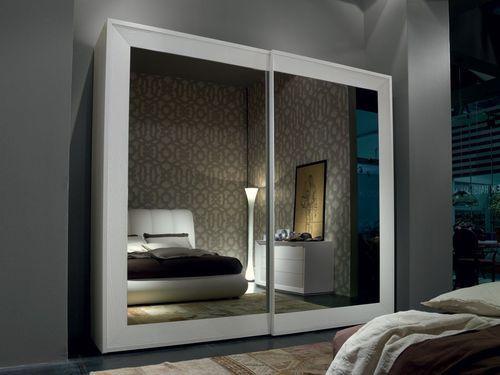 Armadio moderno a specchio con porta scorrevole class by pierangelo sciuto bruno piombini - Specchio da porta ...