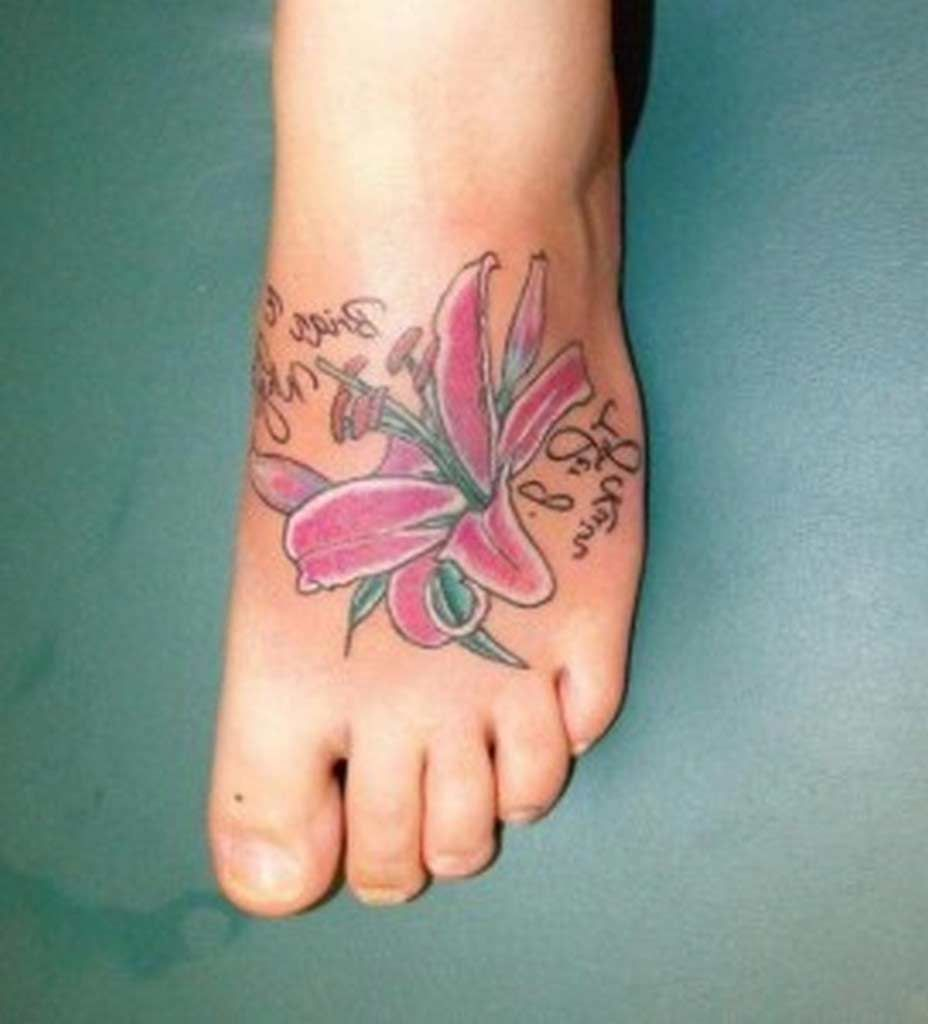 Hawaiian flowers tattoos on foot amazing hawaiian flower foot hawaiian flowers tattoos on foot amazing hawaiian flower foot tattoos izmirmasajfo