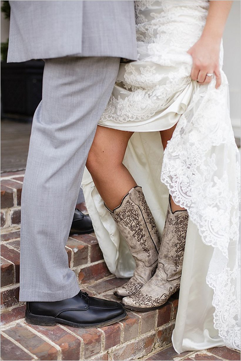 vintage wedding day outfit with country boots country boots