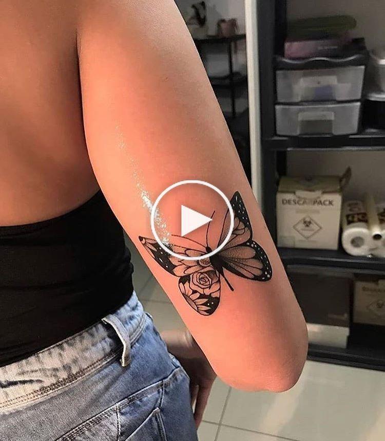 """tattoo4em en Instagram: """"🖤 Follow @ tattoo4em ✔ _________________ #inkedtattoo #tattooedgirls #tattoo #tattoos #inked #artoftattoos #fitnesstat #tattooedgirl # ink ..."""" #bestetatoeage #tattoomodellen"""