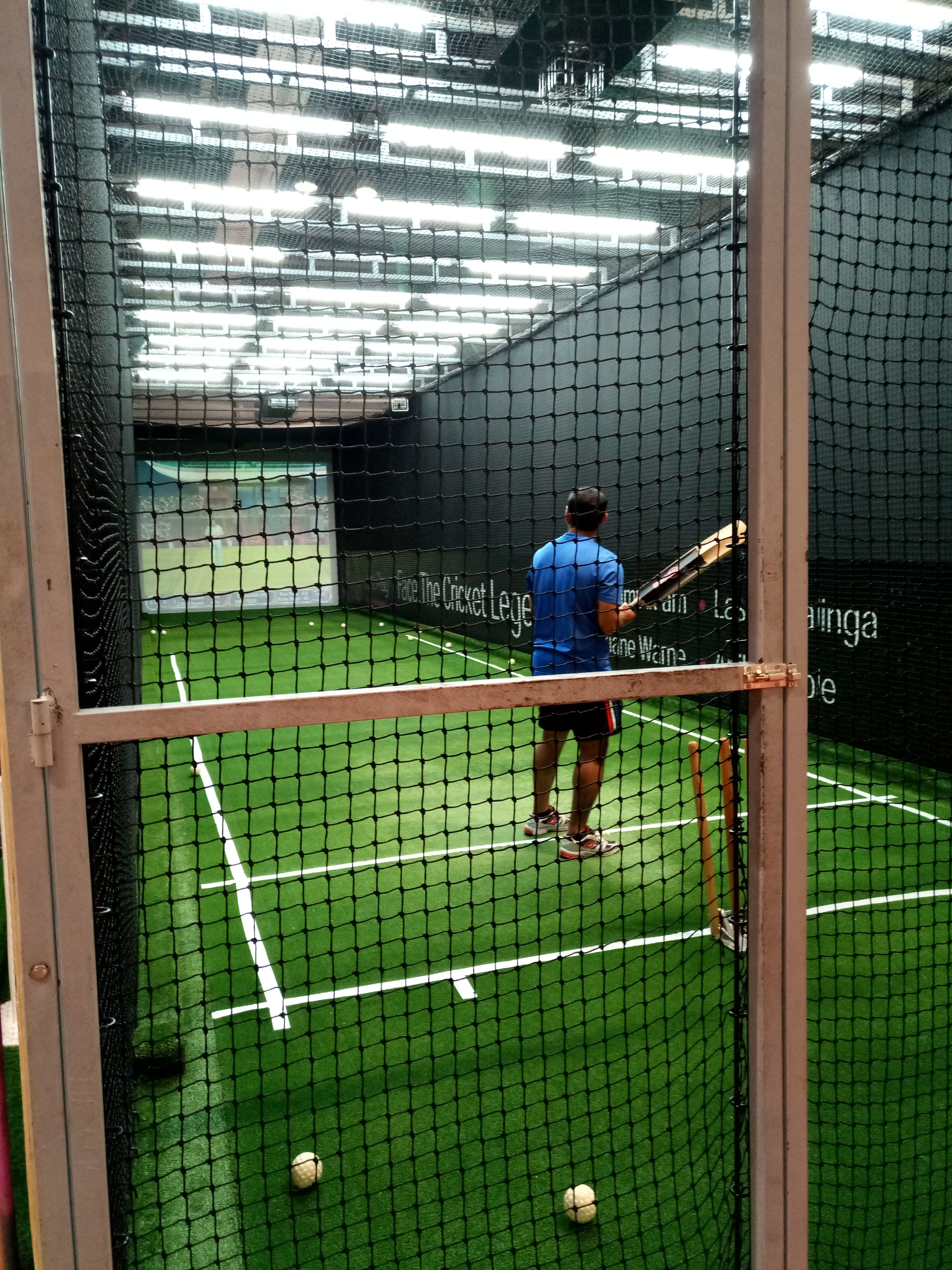 This Giant Area Is Designed For All Kind Of Indoor Sports Dubai Sports World Hosts Numerous Activity Like Indoor Sports Shopping Mall Design Sports Complex