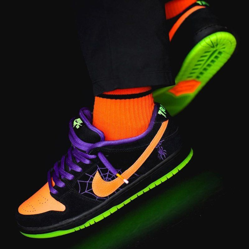How The Nike Sb Dunk Low Night Of Mischief Looks On Feet Nike Sb Dunks Nike Sb Sneakers Fashion