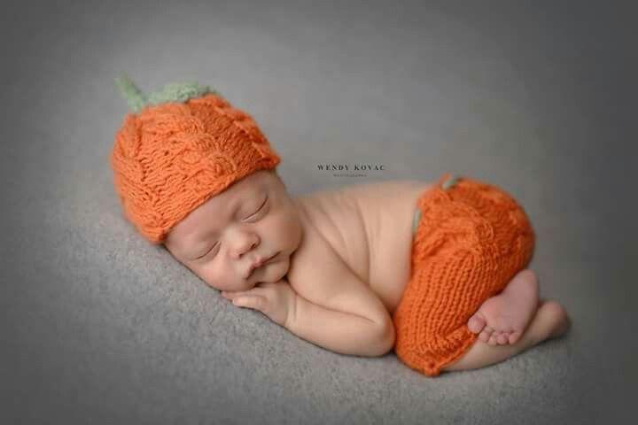Knitted pumpkin set www.facebook.com/piccolobambinousa
