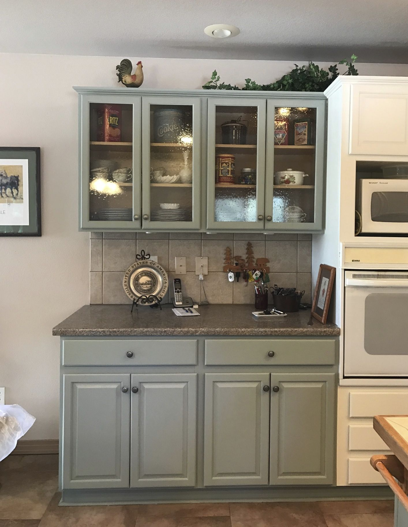 Painted Oak Cabinets And Replaced Upper Panels With Seeded Glass Painting Oak Cabinets Oak Cabinets Painting Oak Cabinets White