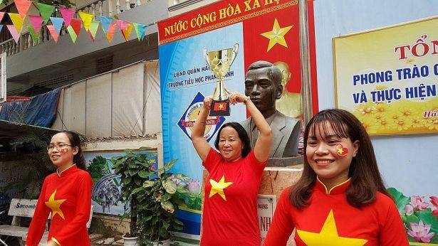 Áo cờ đỏ sao vàng trường tiểu học Phan Thanh - Hình 3