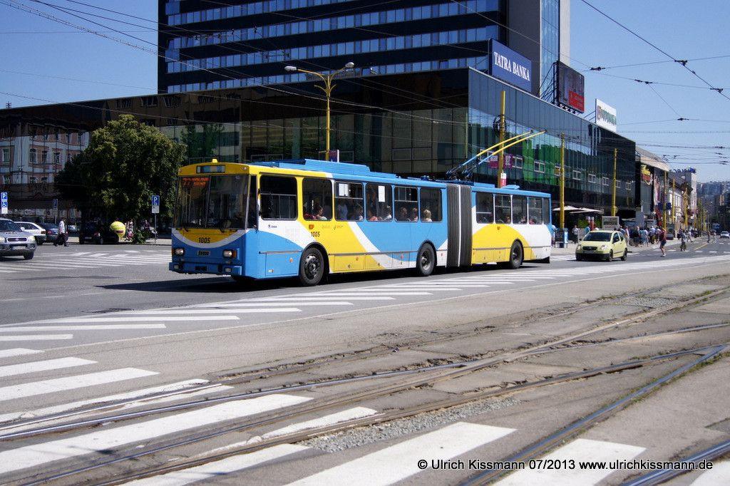 1005 Kosice Nám. osloboditeľov 03.07.2013 - Škoda 15Tr10
