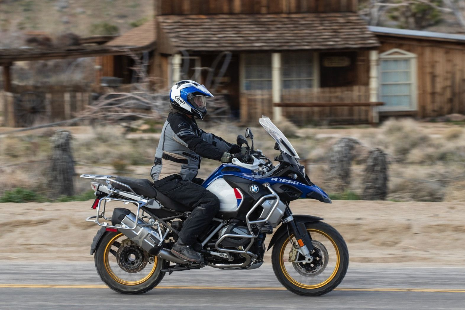5 Bmw R 5 Gs Adventure Review 5 Fast Facts Bmw Gsa 2020