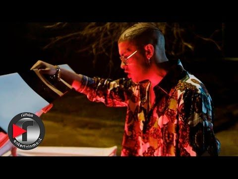 Music Video By Karol G Ozuna Performing Hello C 2016 Universal Music Latino Http X2f X2f Vevo Ly X2f Ebz8pw Daddy Yankee Bad Universal Music