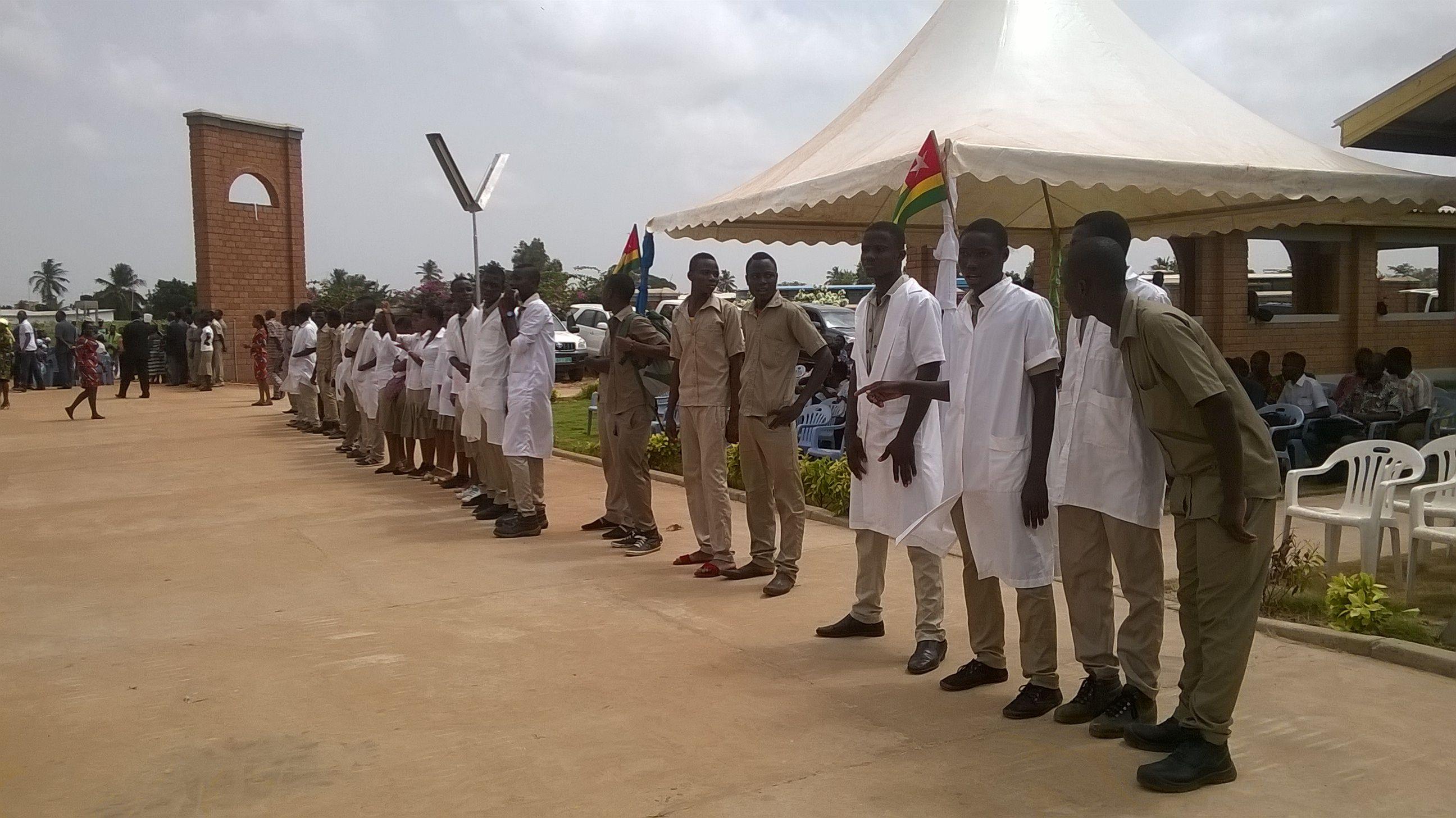 Les élèves du Lycée d'Enseignement Technique et Professionnel d'#AnehoGlidji #EcoleNUmériqueTG