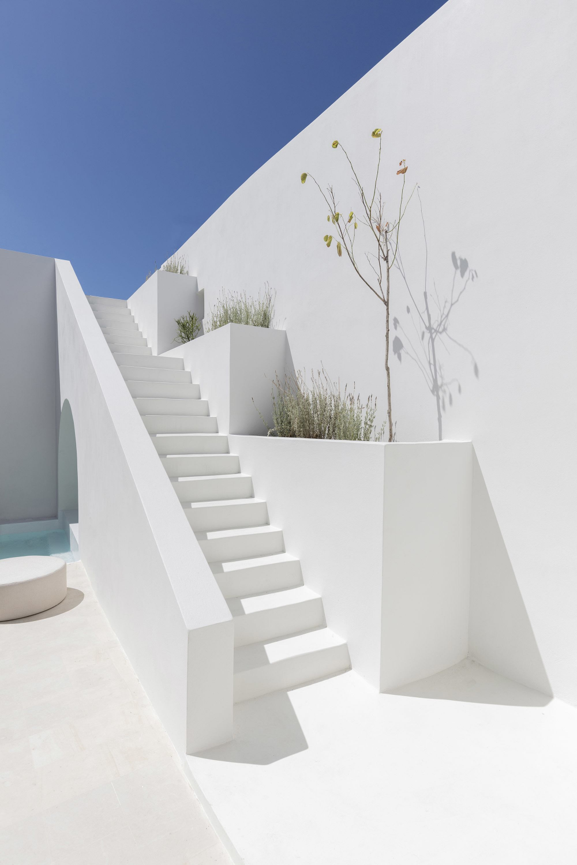 Kapsimalis Architects Create Summer Villas Out Of Caves In Santorini - IGNANT