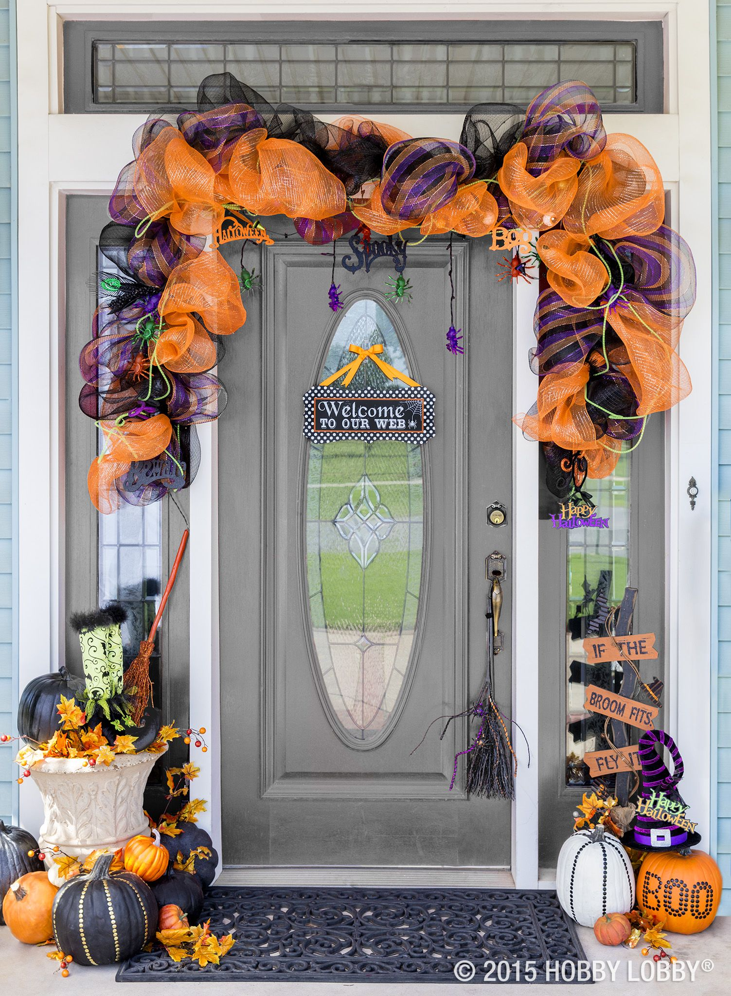 Welcome your ghoul-friends over for a Mummy\u0027s Night Out with this - pinterest halloween door decor