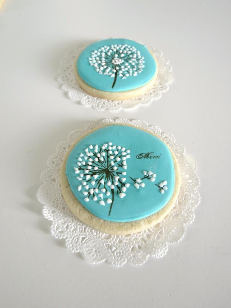 round dandelion cookie decorated cookies pinterest kekse plaetzchen und geb ck. Black Bedroom Furniture Sets. Home Design Ideas