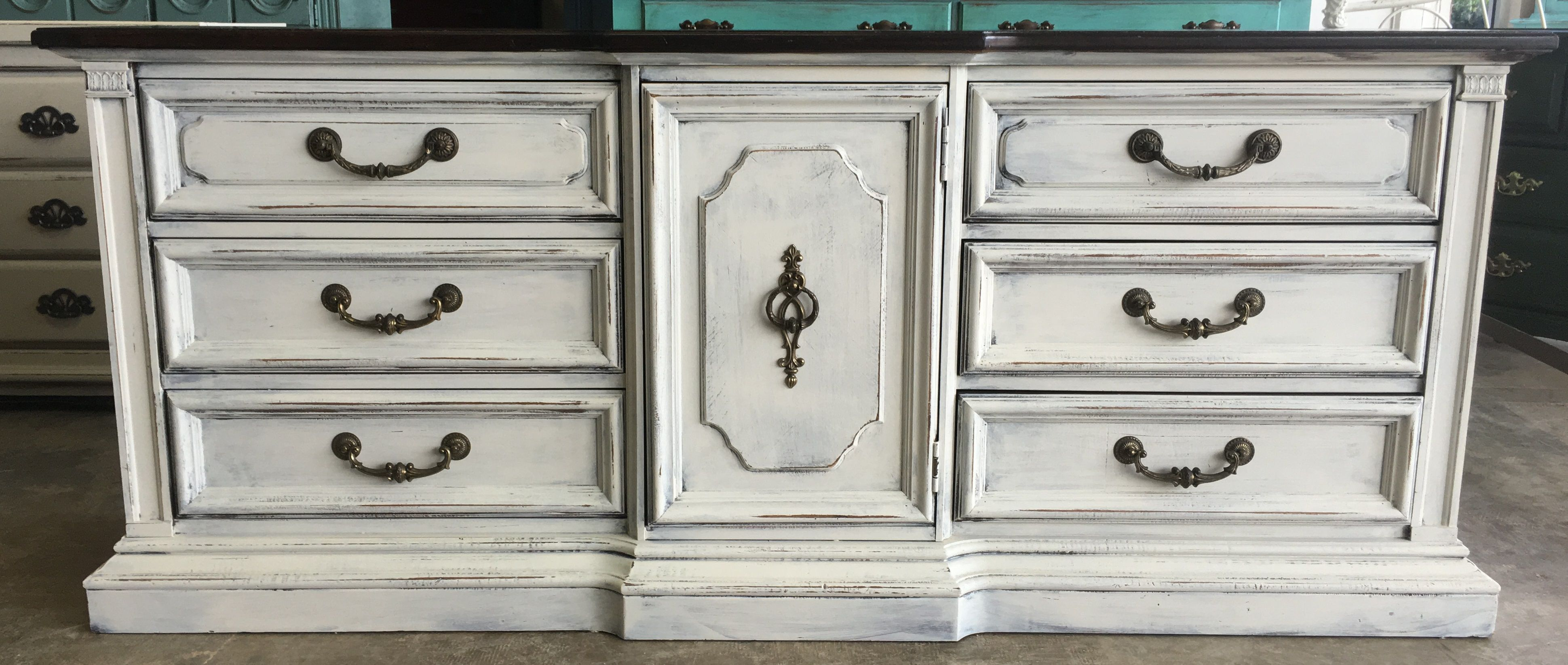 Gosh I Love These Huge Old Dressers Don T You They Are Just So Elegant Looking This One Belongs To Shabby Chic Dresser Shabby Chic Painting Shabby Chic Decor