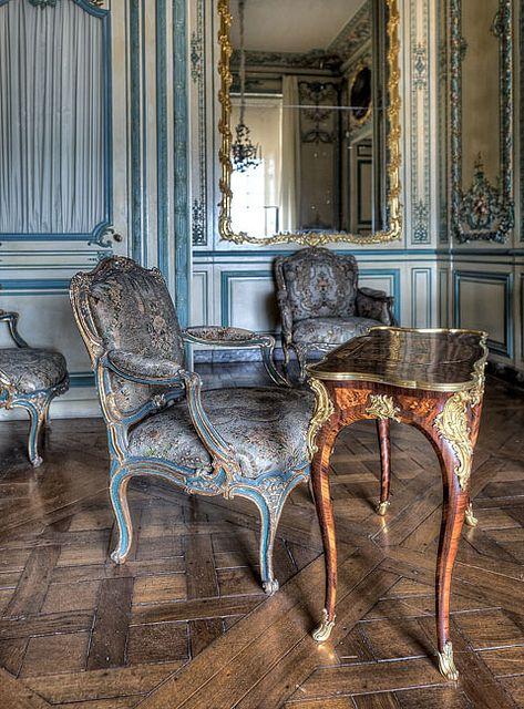 Cabinet Interieur De La Dauphine Versailles Mobilier De Salon Meuble De Style Le Manoir
