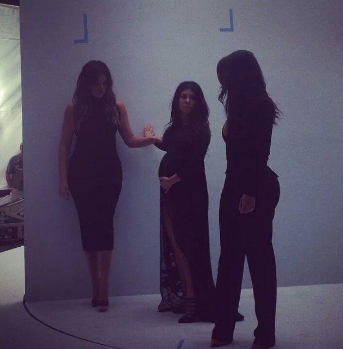Excepcional Khloe Kardashian Diseñador De Vestidos De Dama De Honor ...