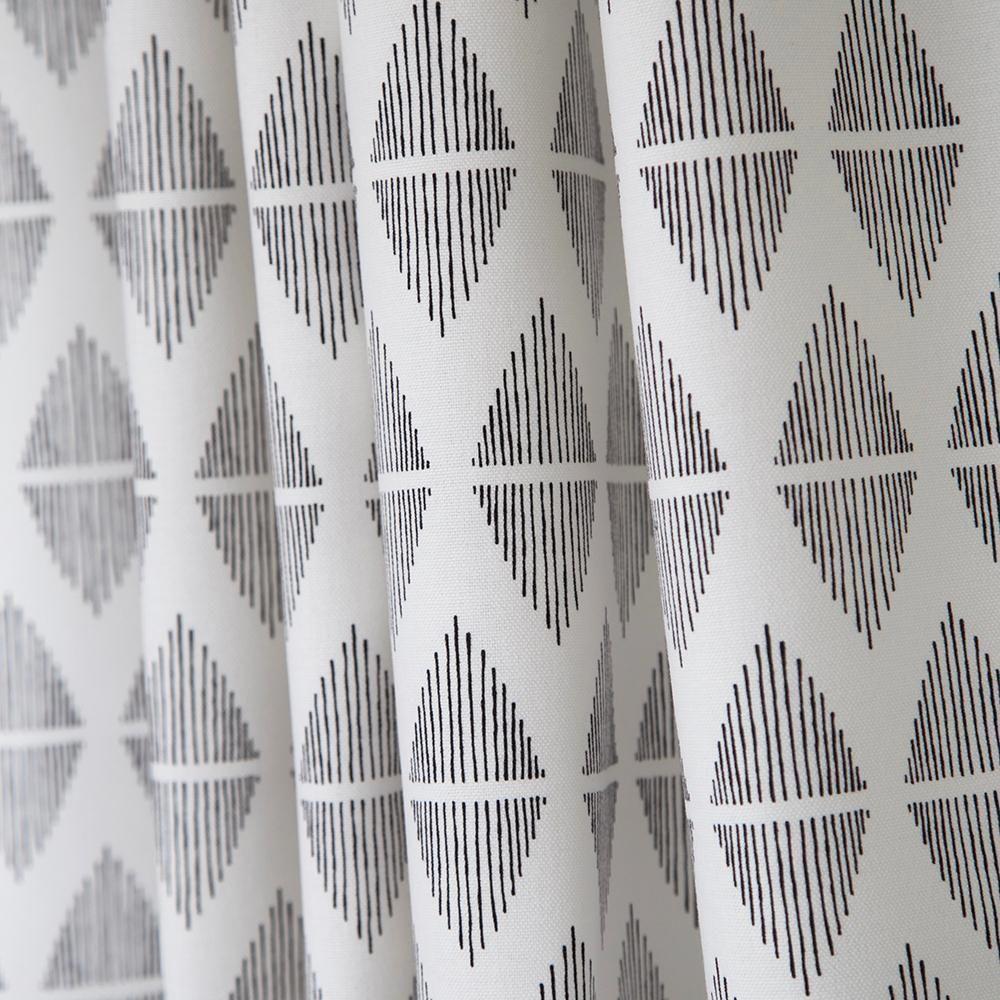 Living Room Drapes, Printed Shower