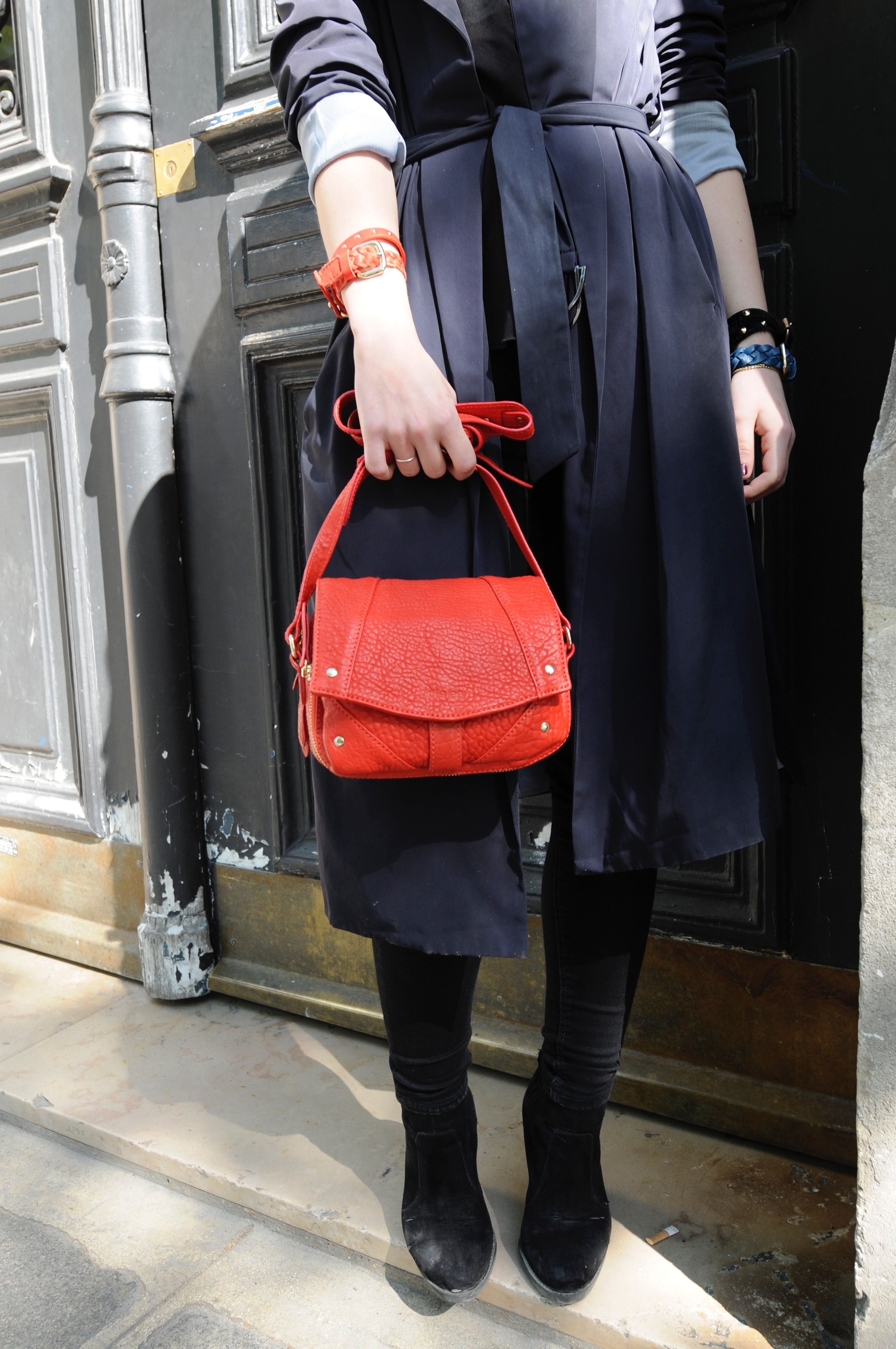 The .Kate Lee ANESS style is one style that is full of surprises inside! So that your organisation can be optimum wilst being on the latest fashion !   #katelee #bag #style #design
