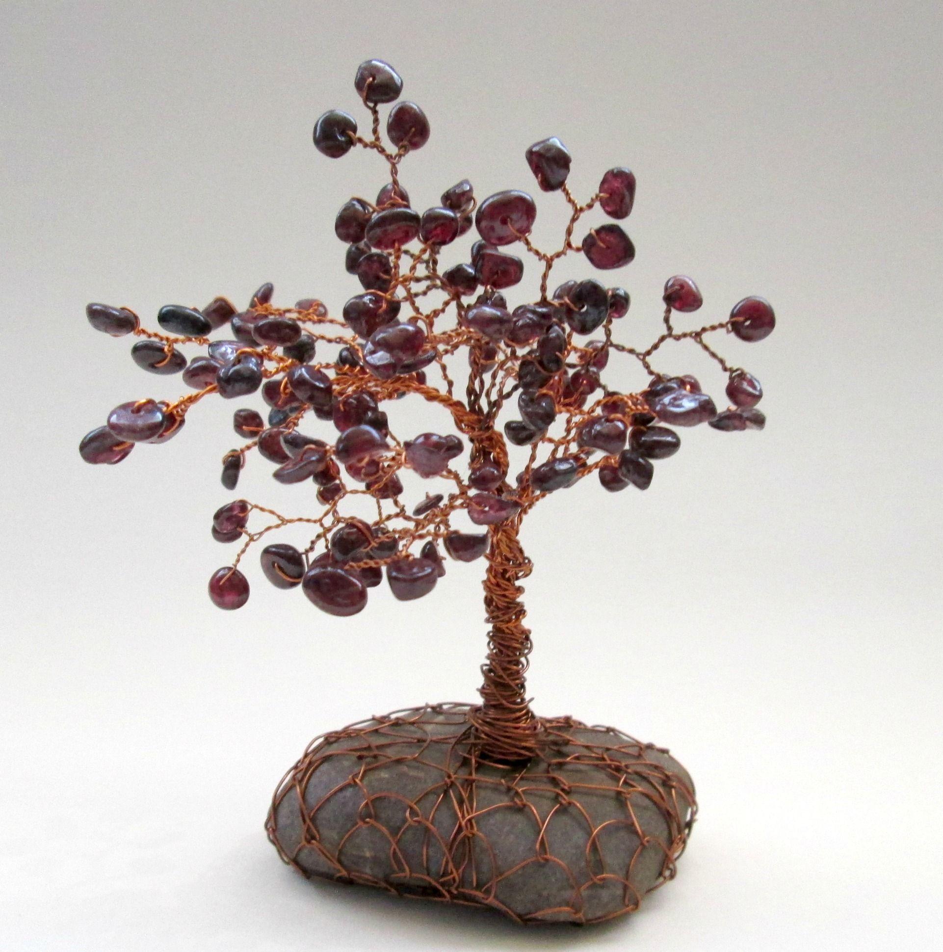 Stromeček štěstí z granátů