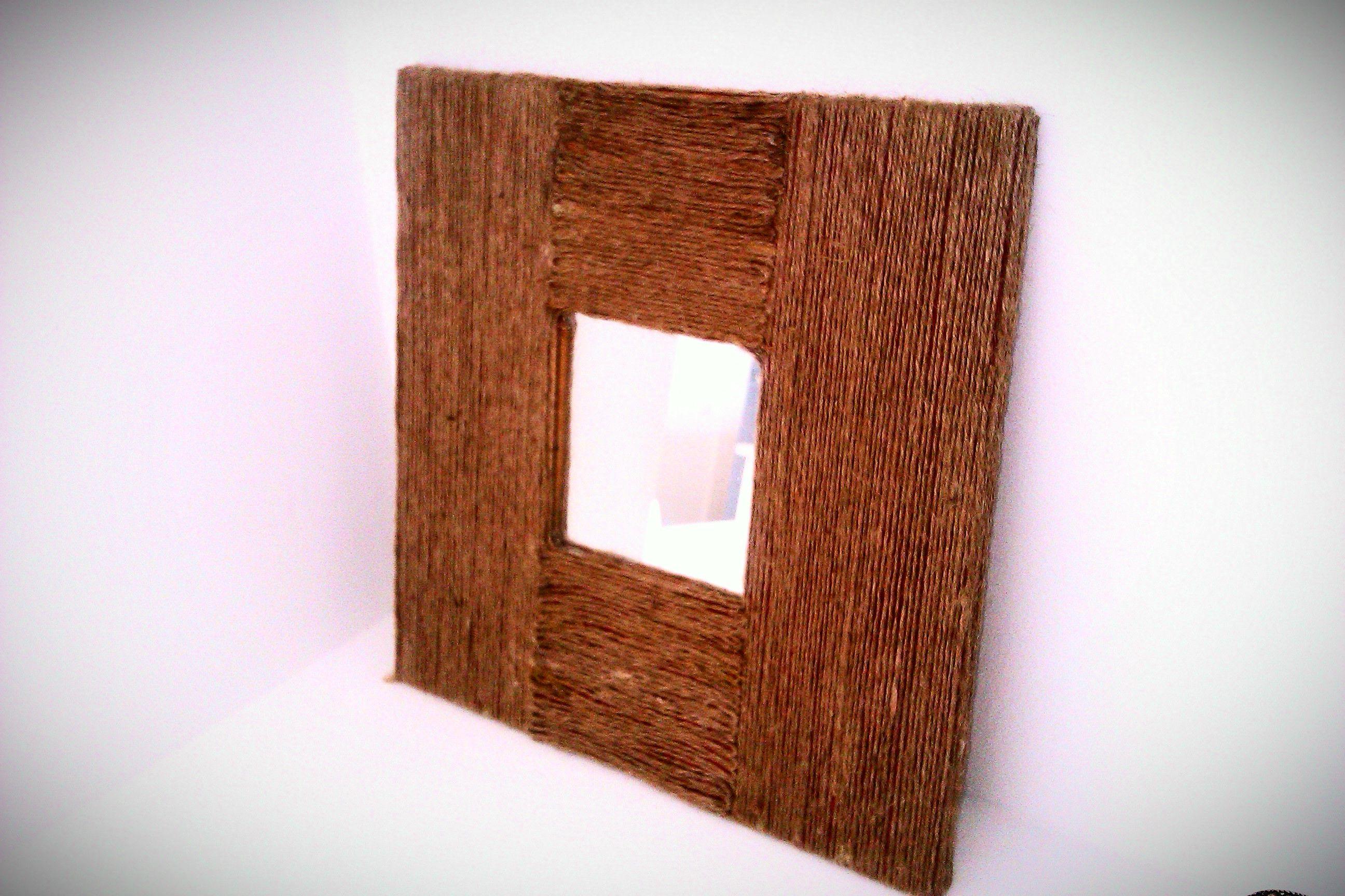 Redecoraci n de marcos y espejos con cuerda de c amo diy for Espejo redondo cuerda