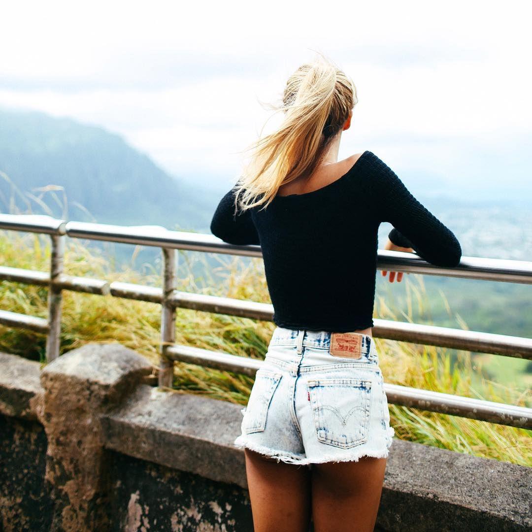 "65090648ab8 Eva Gutowski on Instagram  ""I "" blonde fierce slay tumblr cool nice pretty  landscape view mylifeaseva youtuber youtube blue pink red green black  instagram ..."