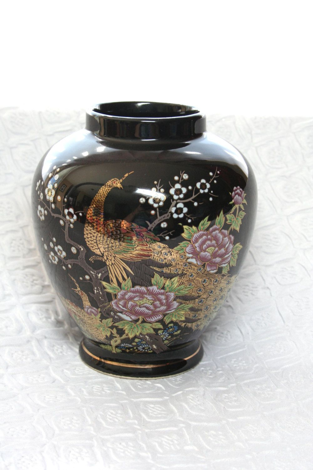 vintage japanese black and gold peacock vase asian black. Black Bedroom Furniture Sets. Home Design Ideas