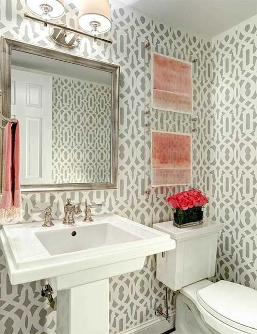 10 ideas para decorar el cuarto de baño con papel pintado.