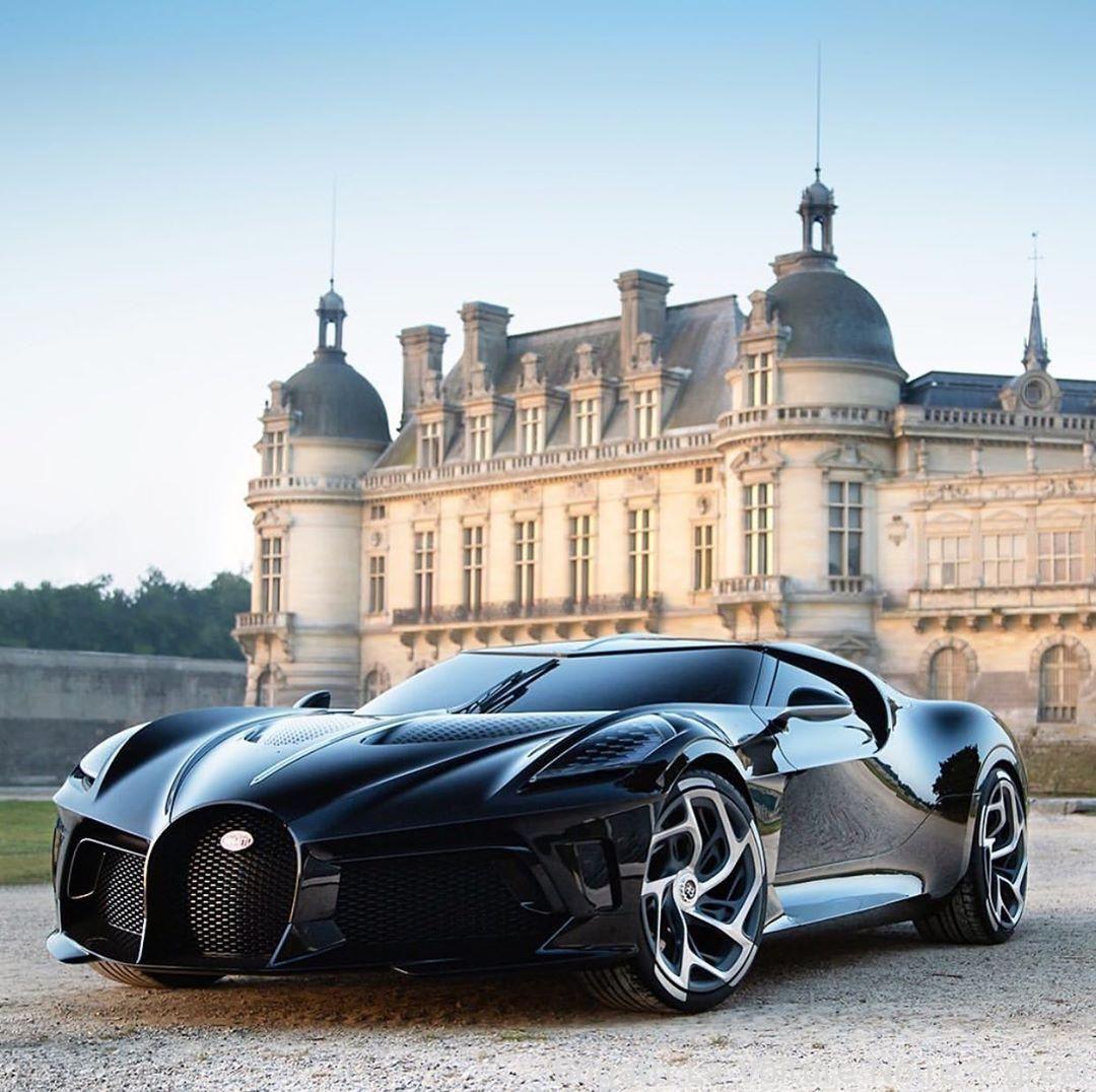 #Cars - Bugatti La Voiture Noire – mint