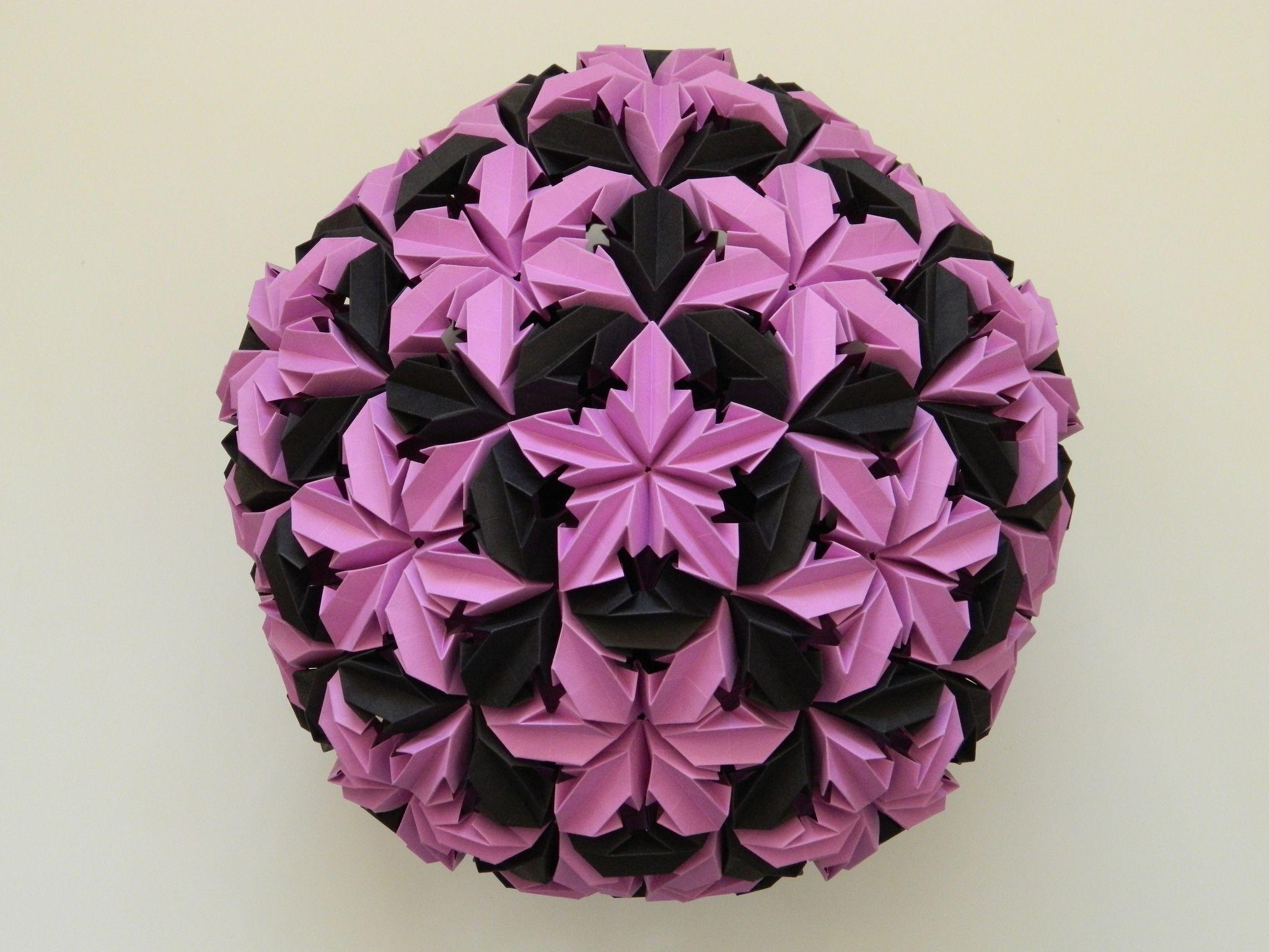 90 Origami Flower Modular Ball Leroys Chrysanthemum 270