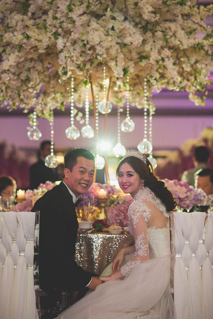 Luxurious purple ballroom wedding // Purple Splendour: Jwin and Pei Lu's Wedding at The Majestic Hotel