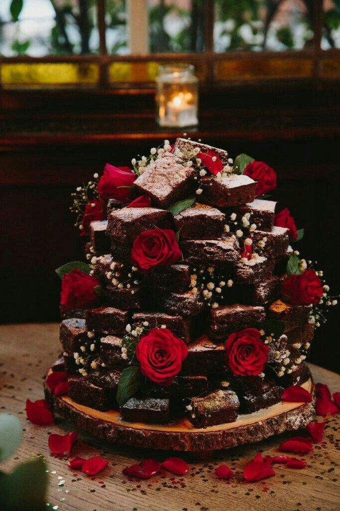 Pin by Hamo Beyrouty on PHOTOS in 2020 Wedding brownies