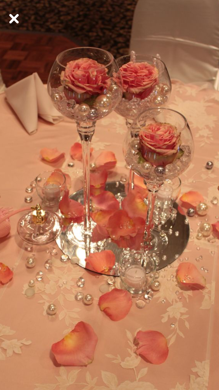 Wedding decoration ideas peach  Pin by Maiza Mendonça on FESTA DE ANIVERSARIO  Pinterest  Vans