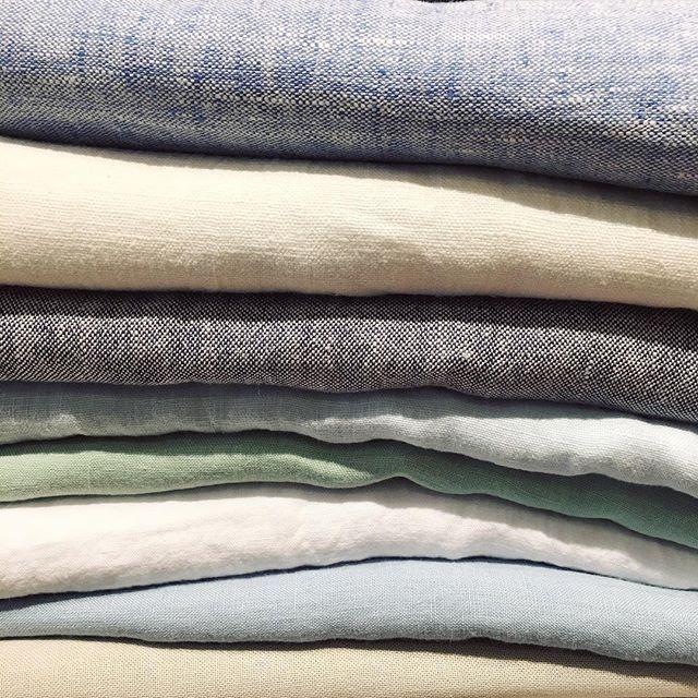 Sneak peak! New linen tablecloths & napkins coming your way! #linen #tablecloth #diningdecor #MaisonMidi #MaisonMidiStyle  #Regram via @maisonmidi